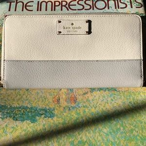 KATE SPADE Wallet! Like New! Clean inside and out